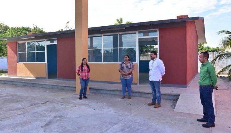ENTREGA ZENYAZEN OBRAS EDUCATIVAS EN ALVARADO Y PUERTO DE VERACRUZ