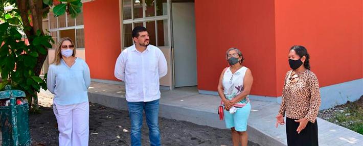 ZENYAZEN SUPERVISA CONSTRUCCIÓN DE OBRAS EDUCATIVAS EN EL PUERTO Y MANLIO