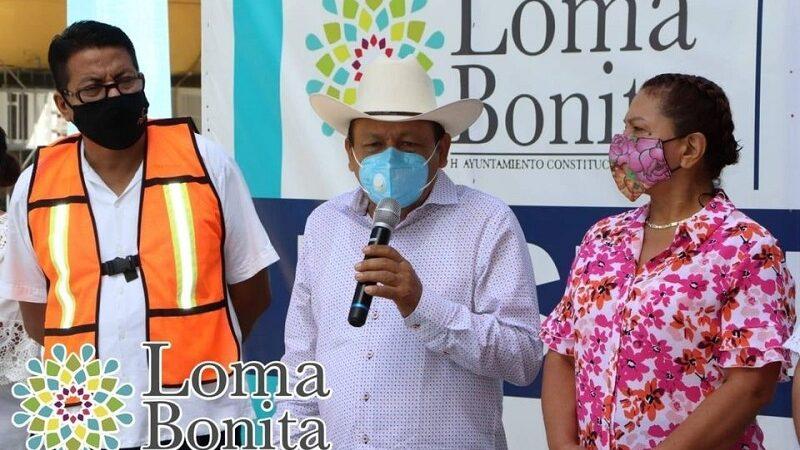ALCALDE PONE EN MARCHA OBRA DE TECHADO EN ESCUELA DE LOMA