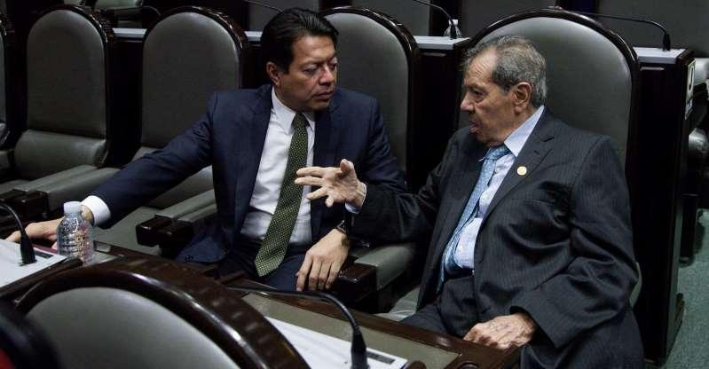 MARIO DELGADO SUPERA EN TERCERA ENCUESTA A MUÑOZ LEDO Y ES ELEGIDO DIRIGENTE DE MORENA