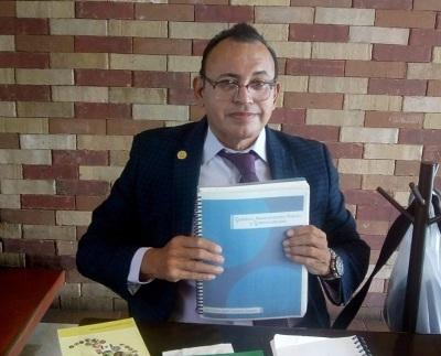 CARLOS CAMACHO, ORGULLO DE CARLOS A. CARRILLO Y EXTRAORDINARIO ESCRITOR POLÍTICO