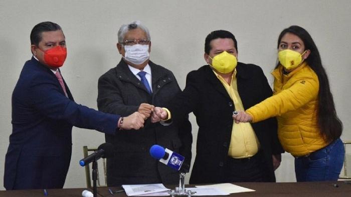 QUEDAN REPARTIDOS MUNICIPIOS ENTRE PRI PAN Y PRD POR ALIANZA