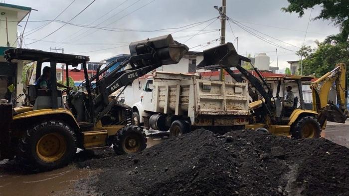 ATIENDEN EMERGENCIA POR INUNDACIONES EN CATEMACO